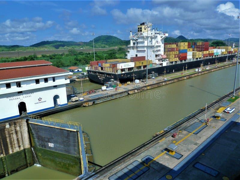Den Panama kanalen royaltyfria bilder