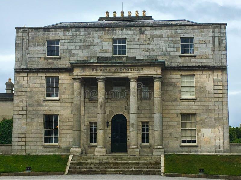 Den Pearse Museum och Scoil à ‰en anna arkivbilder