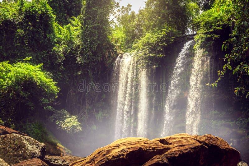 Den Phnom Kulen vattenfallet, Siem Reap, Cambodja fotografering för bildbyråer