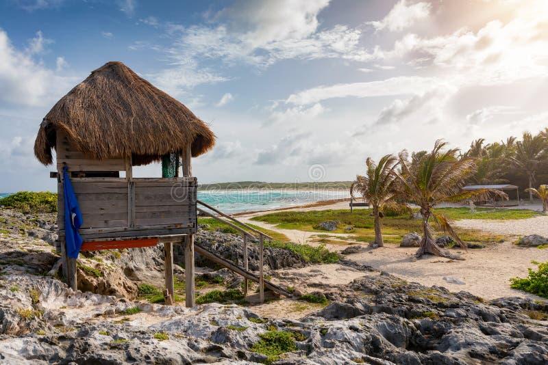 Den Playa Publica stranden på den södra sidan av den Cozumel ön arkivbilder