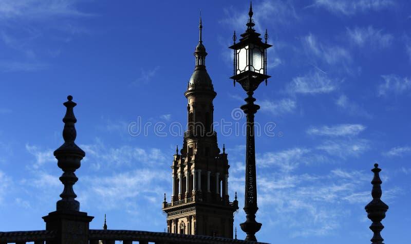 Silhouettes av plazaen de Espana (Spanien kvadrerar), Seville, Spai royaltyfria foton