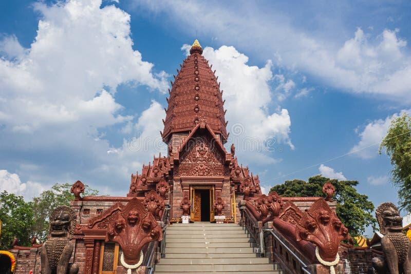 Den Prai Pattana templet i Phu sjunger området, Si Sa Ket, Thailand fotografering för bildbyråer