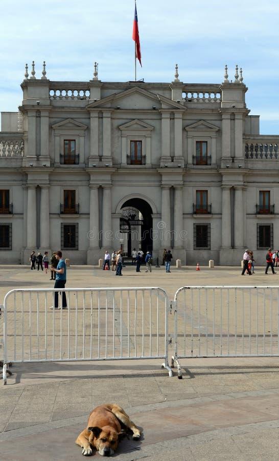 Den presidents- slotten i Santiago Chile Också kallade La Moneda arkivbild