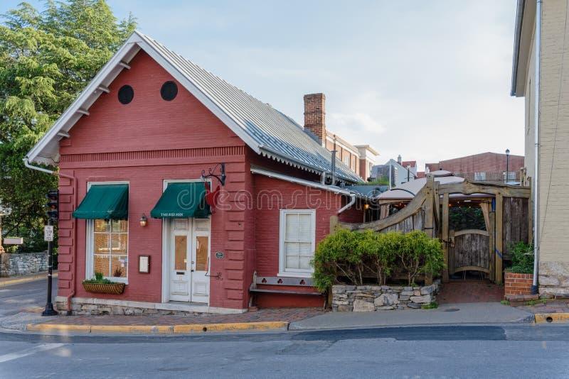 Den röda hönan i Lexington, Virginia fotografering för bildbyråer