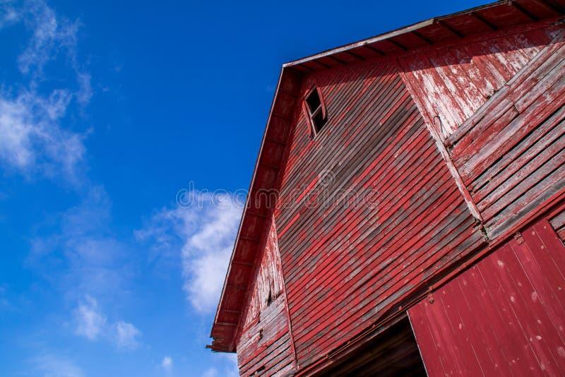 Den röda ladugården royaltyfri foto