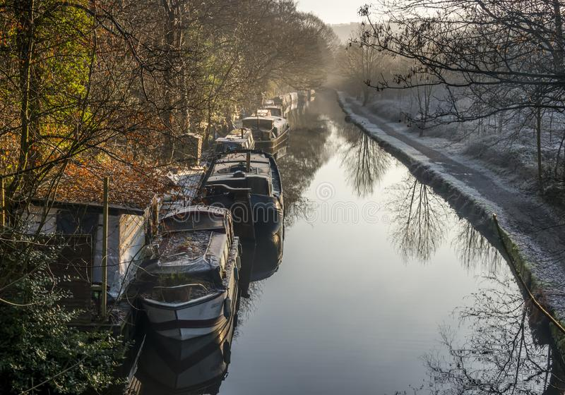 Den Rochdale kanalen hebden bron royaltyfri fotografi