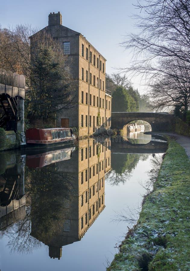 Den Rochdale kanalen hebden bron arkivbilder