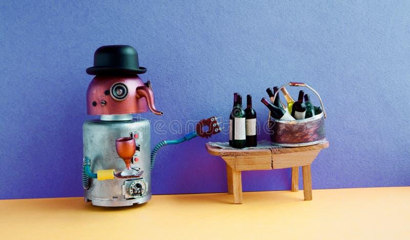 Den roliga robotalkoholisten får berusad Begrepp för vinpartihändelse Cyborg för näsa för idérikt designkopparhuvud lång med vine royaltyfria foton
