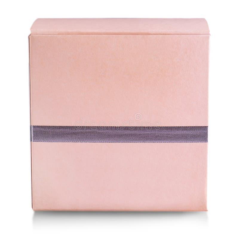 Den rosa stängda gåvaasken som isoleras på vit bakgrund royaltyfri bild