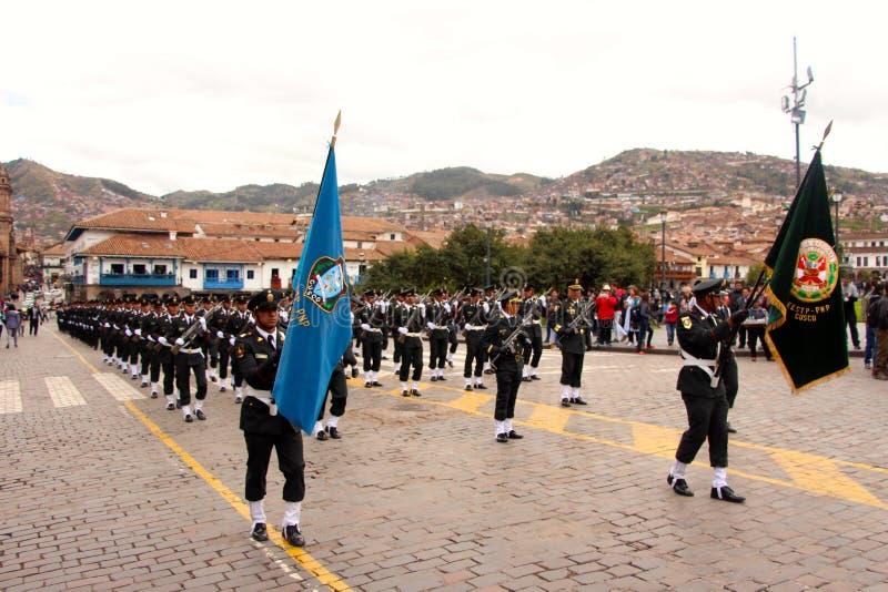 Den söndag marschen ståtar Arequipa arkivbild