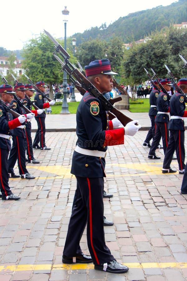 Den söndag marschen ståtar Arequipa royaltyfri bild