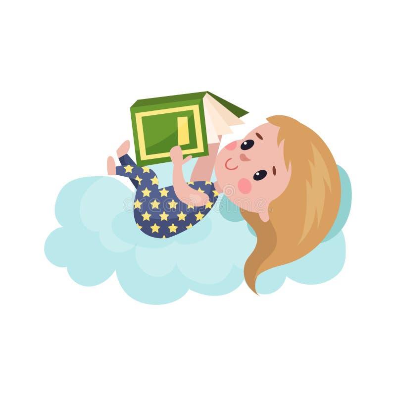 Den söta lilla flickan som ligger på ett moln och en läsebok, unge fantiserar och drömmer tecknad filmillustrationen royaltyfri illustrationer
