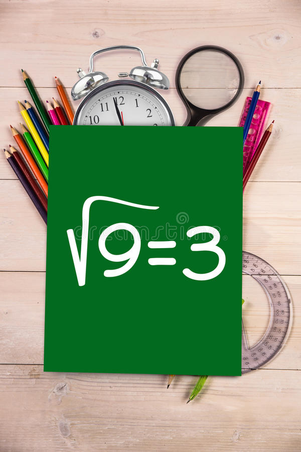 Den sammansatta bilden av fyrkantigt rotar av tre vektor illustrationer