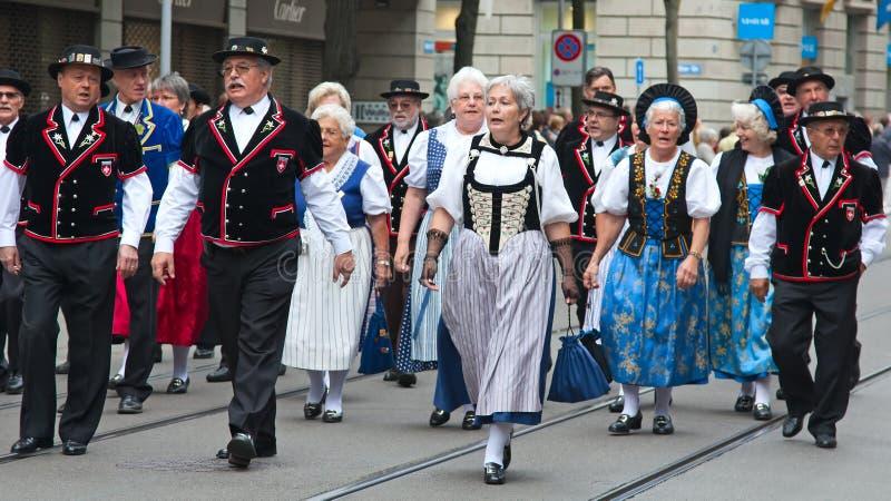 Den schweiziska nationella dagen ståtar i Zurich arkivfoton