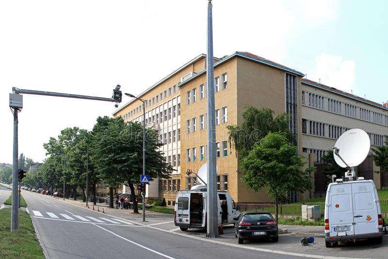 den serbiska domstolen kriger arkivfoto