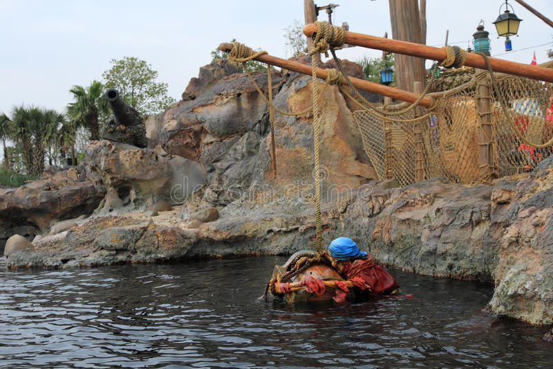 Den Shanghai Disney världen piratkopierar skeppet royaltyfria foton