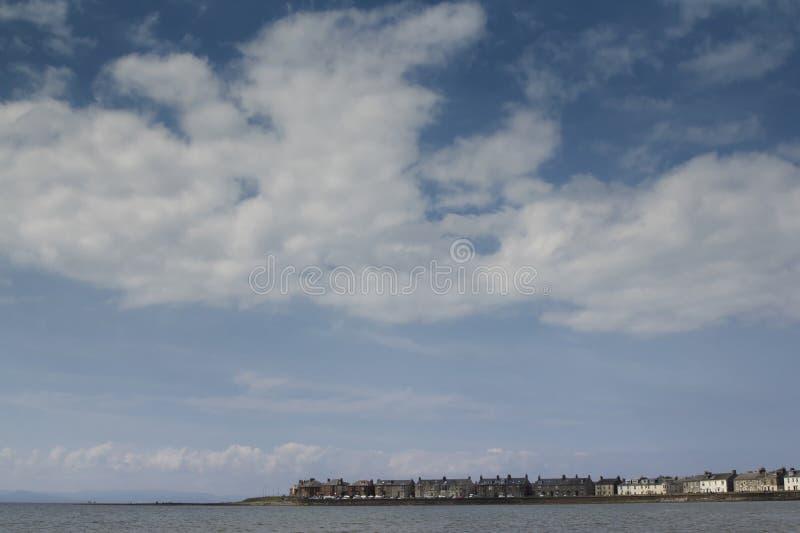 Den skotska kuststaden Troon på en solig somerdag arkivbild