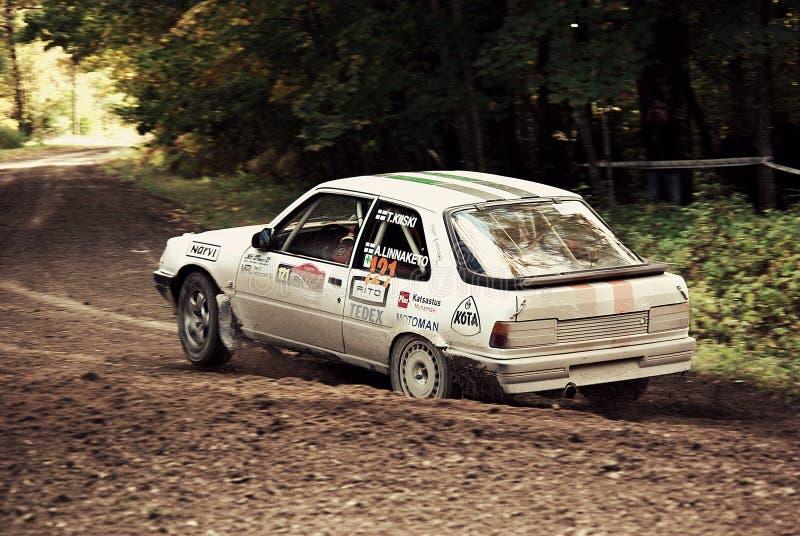 Den snabba capturen av snabbt samlar bilen royaltyfria foton