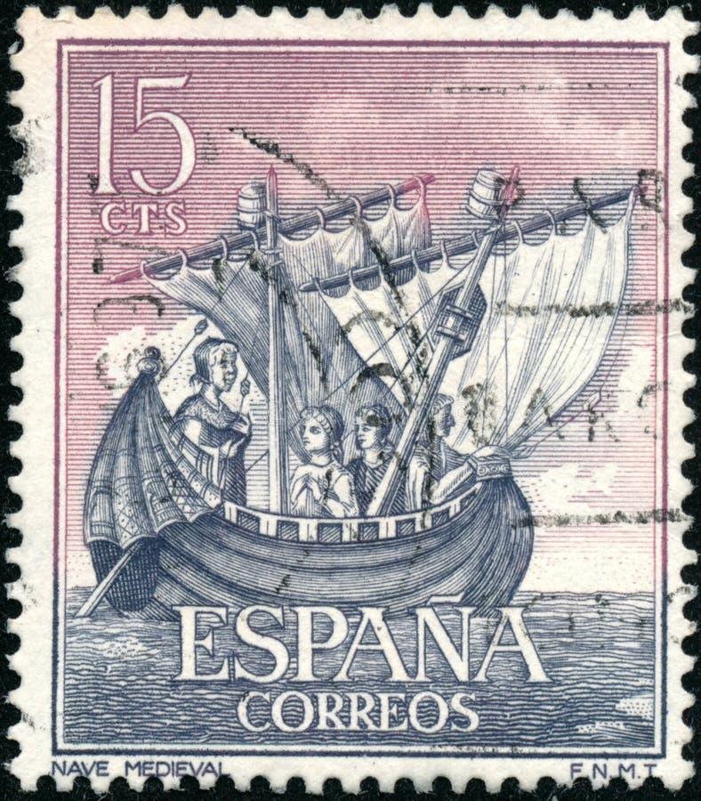 Den stämpel som trycktes i Spanien 1963 visar spanska flottans fartyg royaltyfri fotografi