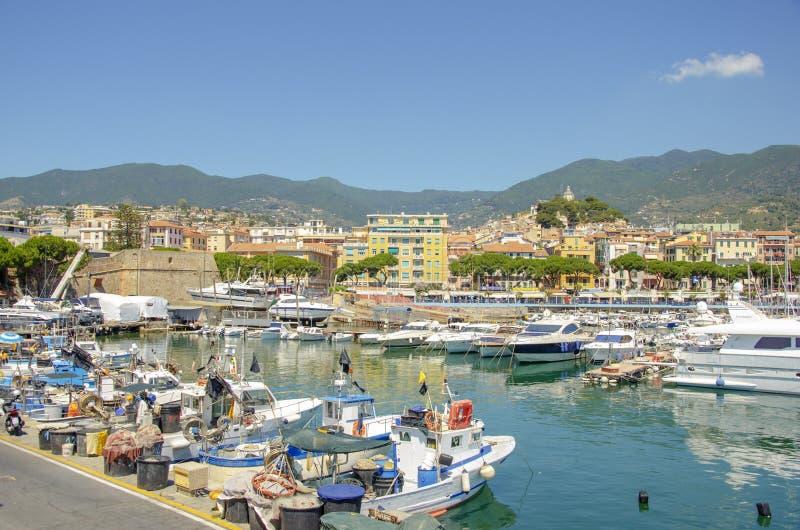 Den största yachtporten av Monaco Monaco yachtshow arkivfoton