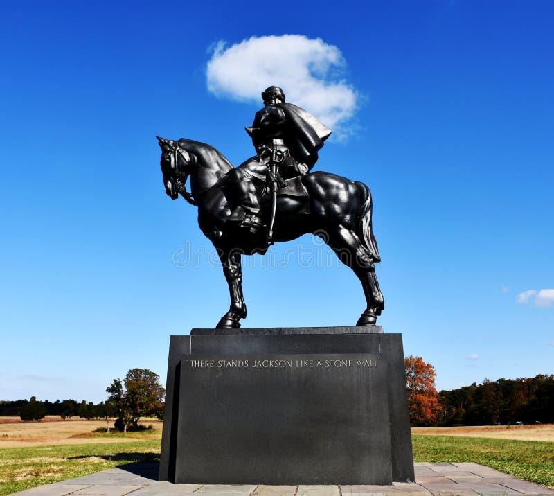 Den Stonewall Jackson statyn på den Manassas slagfältet parkerar royaltyfri foto