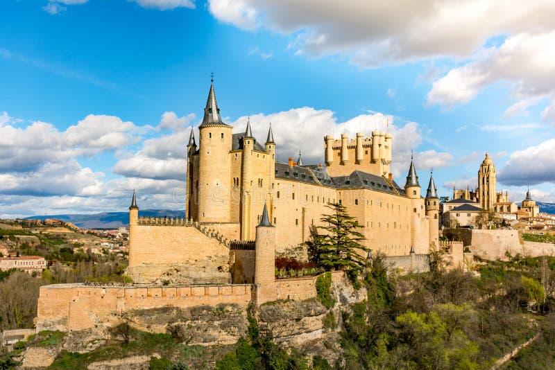 Den stora alcazaren av Segovia, ett av de mest intressanta ställena i Spanien arkivfoto