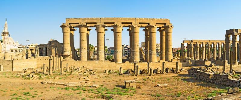 Den stora kolonnaden arkivbild
