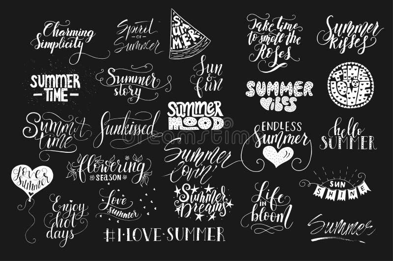 Den stora packen av dragen sommar för 25 vektor handen citerar Handskrivet med färgpulver- och borstepennan stock illustrationer