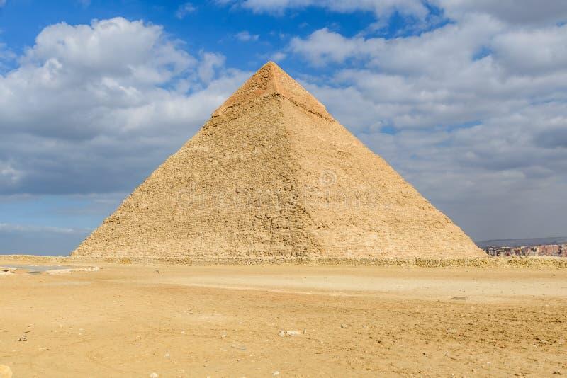 Den stora pyramiden av Khafre i den Giza platån cairo egypt arkivbild