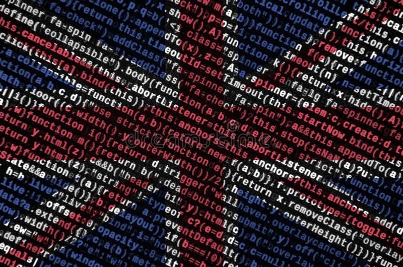 Den Storbritannien flaggan visas på skärmen med programkoden Begreppet av modern teknologi- och platsutveckling royaltyfri bild