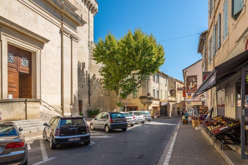 In den Straßen von Heilig-Remy-De-Provence stockbilder