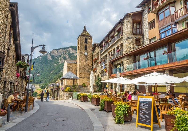 In den Straßen von Ordino - Andorra stockbilder