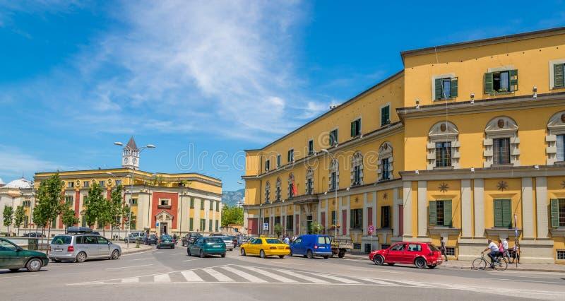 In den Straßen von Tirana stockbilder
