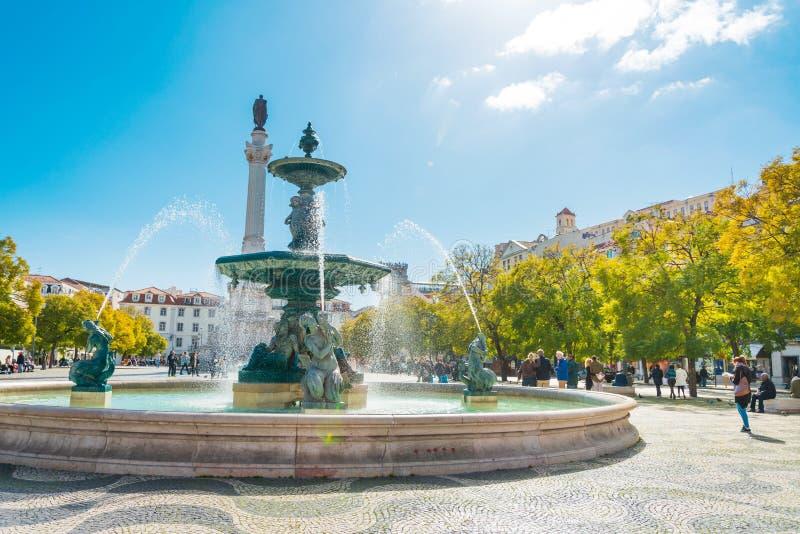 Den sydliga springbrunnen i Lissabon, Portugal royaltyfria foton