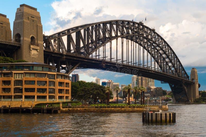 Den Sydney hamnen överbryggar, Australien fotografering för bildbyråer