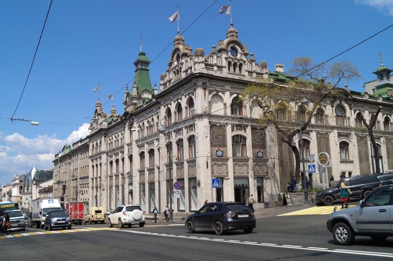 Den tidigare byggnaden av handelhuset av Kunst och Albers vladivostok royaltyfri foto