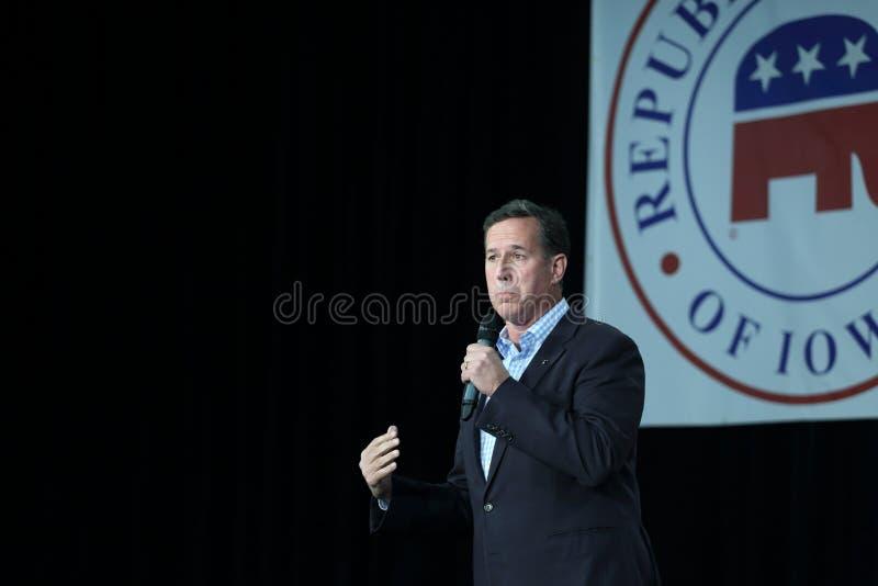 Den tidigare Förenta staternasenatorn från Pennsylvania, republikanen Rick Santorum, delta i en kampanj för presidentsämbete royaltyfri fotografi