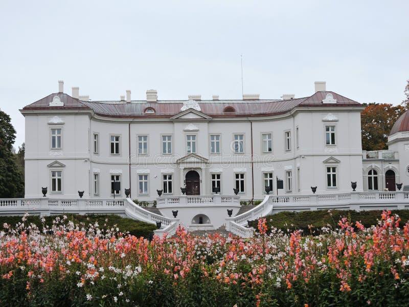 Den Tiskeviciai slotten, Litauen royaltyfria foton