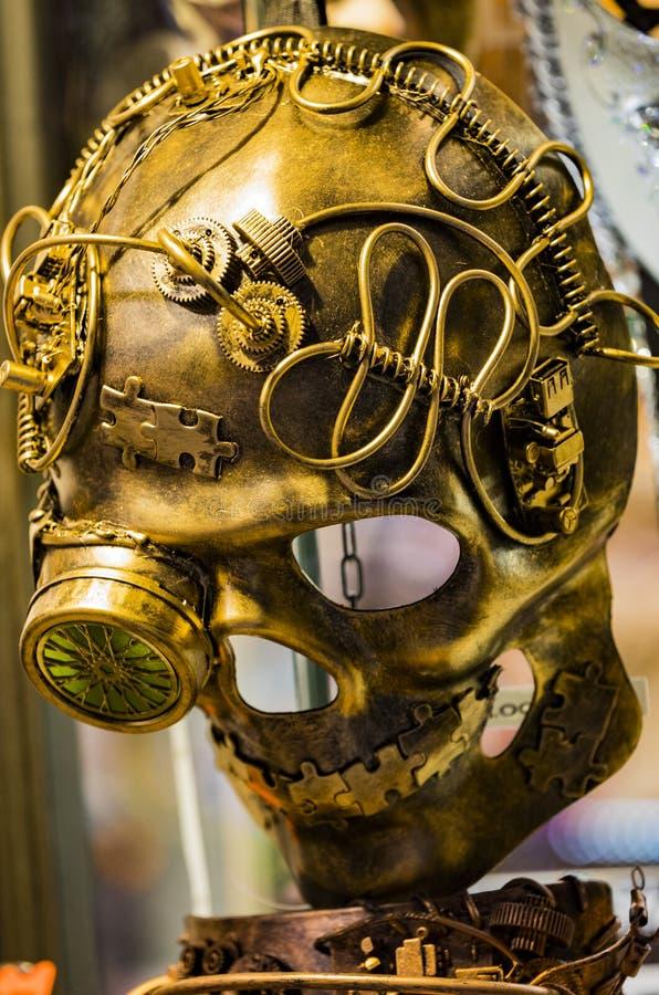 Den traditionella härliga Venetian maskeringen för deltagande i karnevalet arkivbild