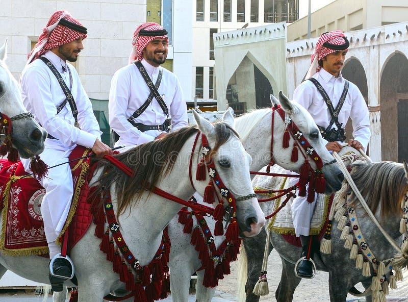 Den traditionella polisen, Doha, Qatar royaltyfri fotografi