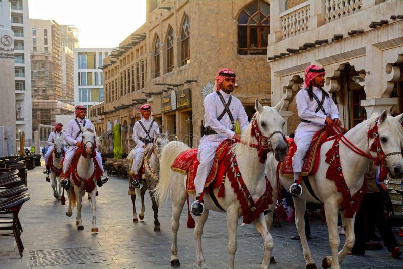 Den traditionella polisen, Doha, Qatar arkivfoto