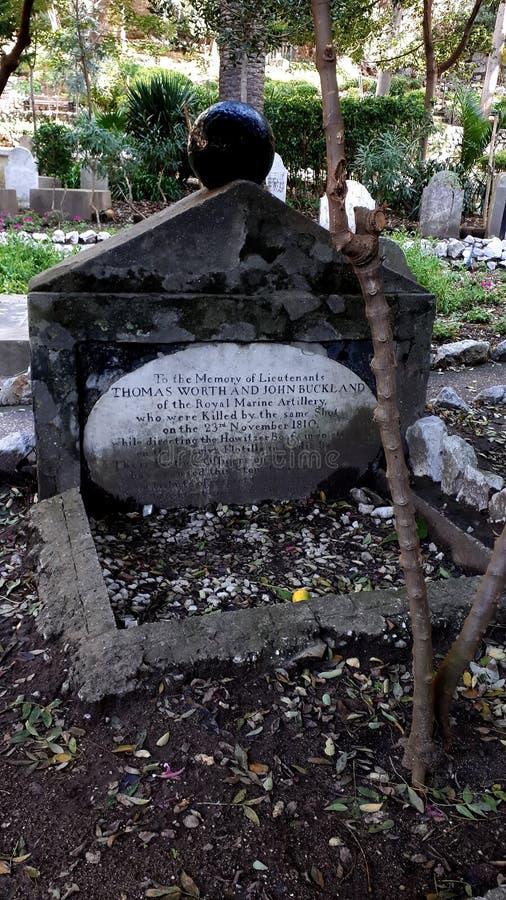 Den Trafalgar kyrkogården är var sjömän som såras och dös senare eller dödas på striden av Trafalgar begravas arkivfoton
