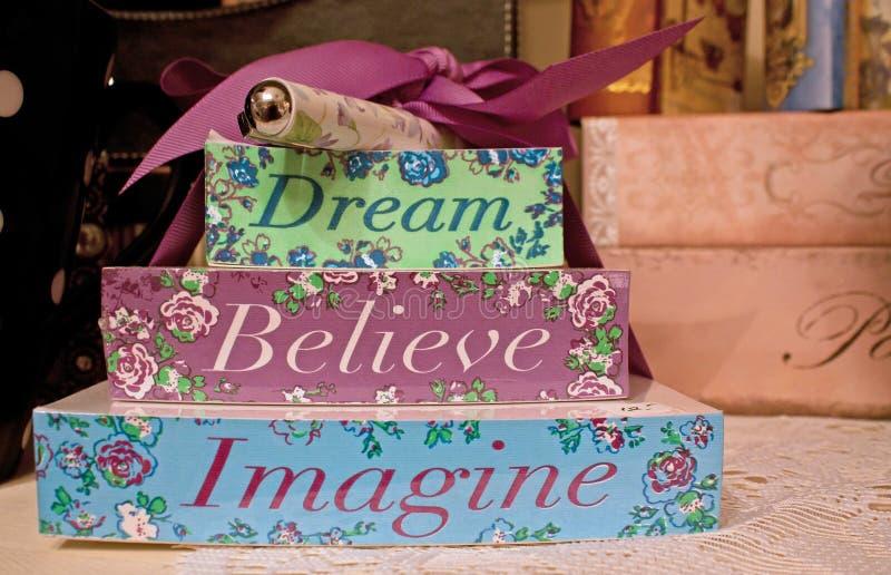 den tro drömmen föreställer royaltyfria foton