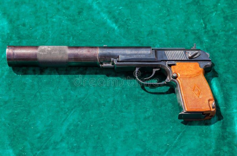 Den tysta pistolen för PB PB är sovjet tystad pistol som baseras på t royaltyfri foto