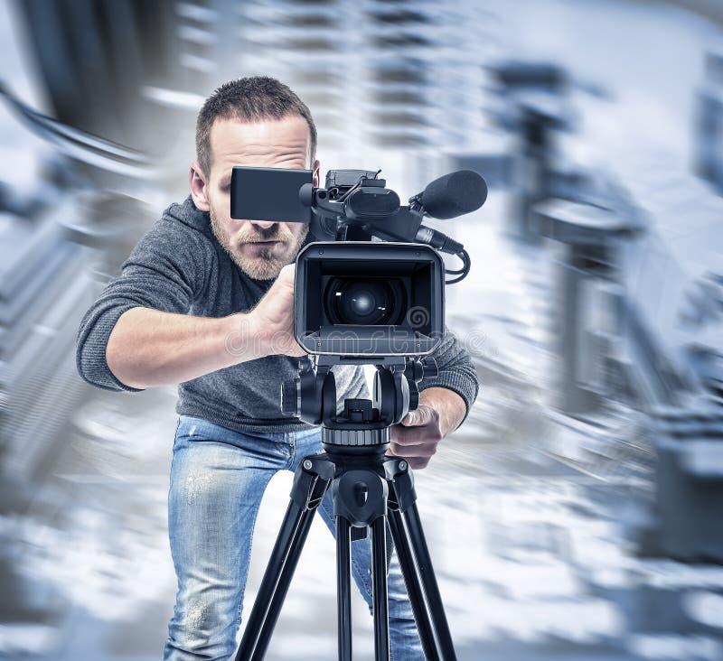 Den videopd operatören antecknar videoen royaltyfri foto