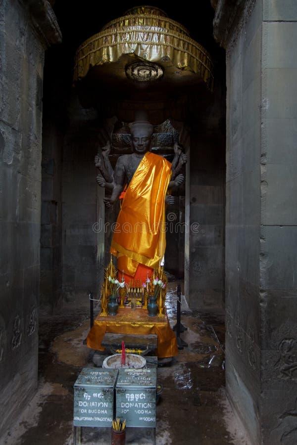 Den Vishnu gudstatyn i Angkor Wat, Siem Reap, Cambodja, South East Asia arkivbilder