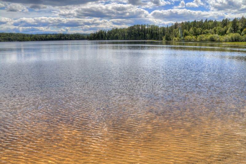 Den vita sjön provinsiella Park är isloated parkerar lokaliserat nära Mobert och White River fotografering för bildbyråer