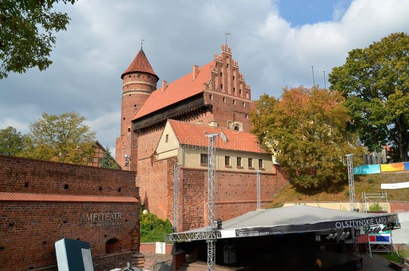 Den Warmia kapitelslotten i Olsztyn (Polen) arkivfoto