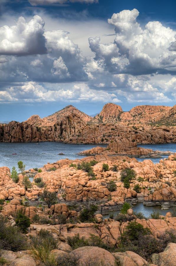 Den Watson Lake Granite Dells Monsoon säsongen värmer upp arkivbild