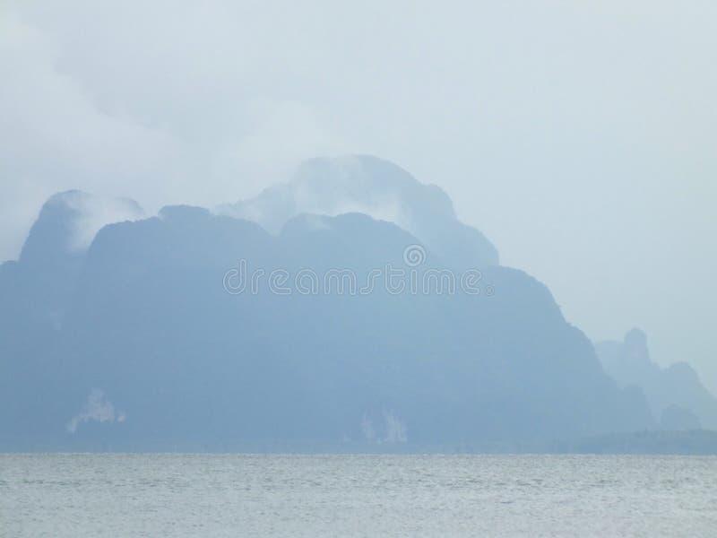 In den Wolken lizenzfreies stockbild